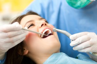 Tips for Choosing a Dentist
